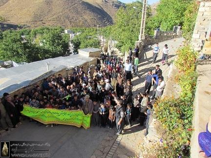 همایش پیاده روی در روستای شمشیر برگزار شد