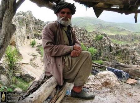 جدال با سنگ و همراهی فرهنگ / حبیب اله مستوفی