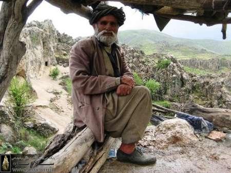 خالو حسین کوهکن معروف فرهاد ثانی به دیار حق شتافت