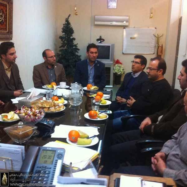 شفیعی خبر داد: پرداخت تسهیلات قرض الحسنه به کسبه و بازاریان در آینده نزدیک