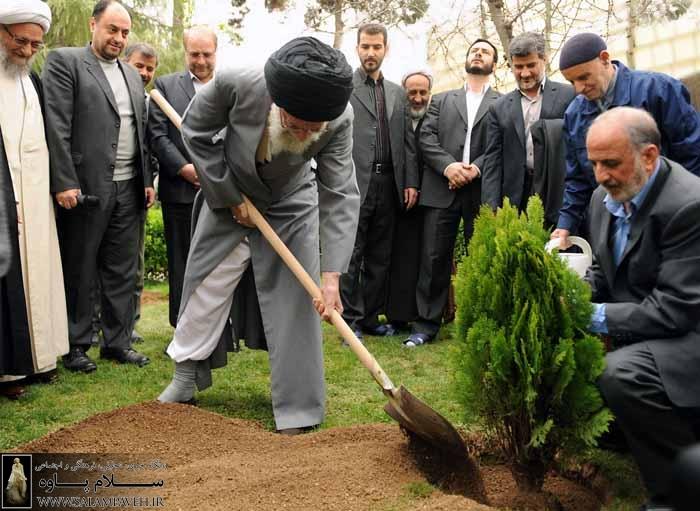 حاشیه ای بر بیانات رهبر انقلاب در دیدار با فعالین زیست محیطی/پرویز دارستان