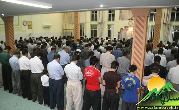 نماز تراویح در مساجد پاوه به روایت تصویر
