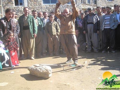 احمد عزیزی شکارچی پشیمان