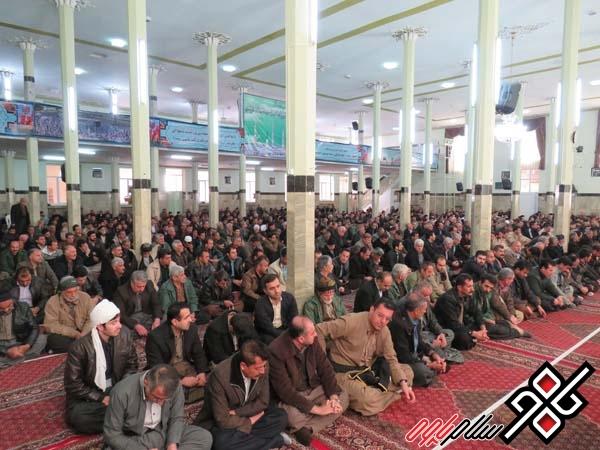 مراسم بزرگداشت ارتحال آیت الله هاشمی رفسنجانی در پاوه برگزار شد