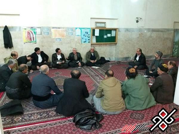 اولین نشست معتمدین روستای دزآور در شهرستان پاوه برگزار شد