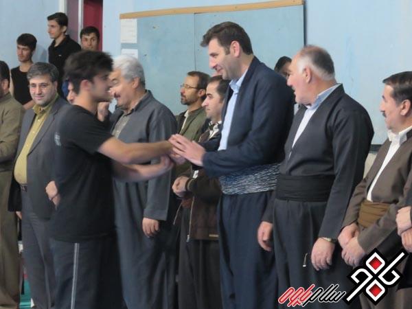از مدال آوران کونگ فو شهرستان پاوه در مسابقات کارگران جهان تجلیل شد/گزارش تصویری