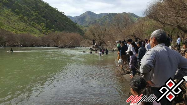نجات دو نفر از غرق شدن در رودخانه سیروان شهرستان پاوه/ عکس