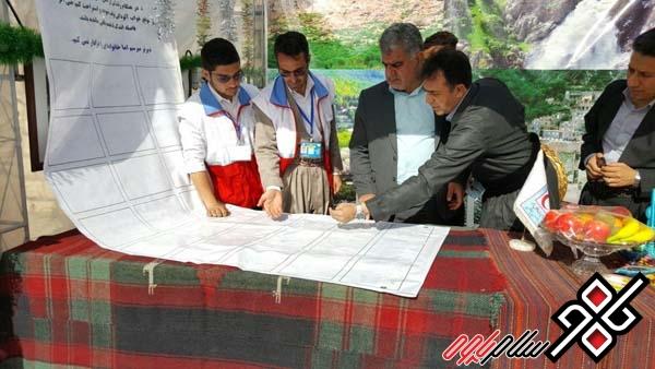 فرماندار شهرستان پاوه به کمپین ملی نه به تصادفات جاده ای پیوست/عکس